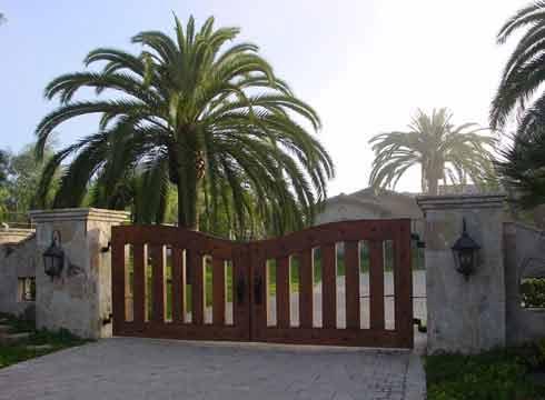 Residential Wood Gates Santa barbara